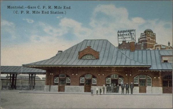 Gare du Mile End, carte postale, vers 1915 [BAnQ]