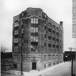 Édifice Bovril, angle de l'avenue du Parc et de Van Horne, 1921