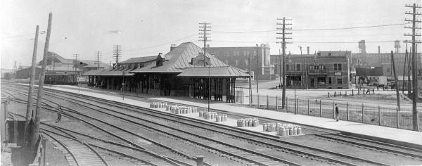 Figure 1 - La gare du Mile End vers 1913 (Archives du Canadien Pacifique).