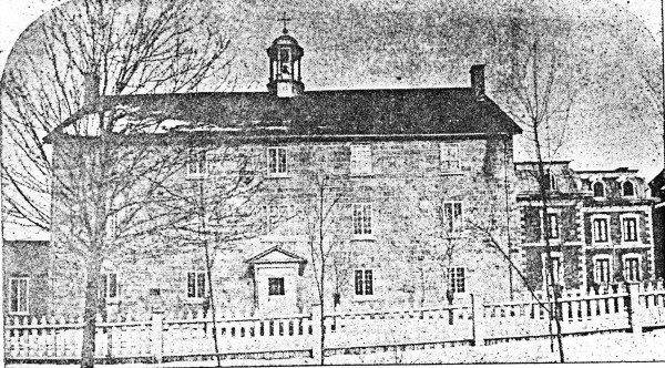 Figure 1 – Institution des sourds-muets, between 1850 and 1878. It was located at the southeast corner of what are now Laurier Avenue and Saint-Dominique Street.